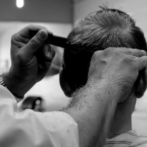 coupe homme ciseaux